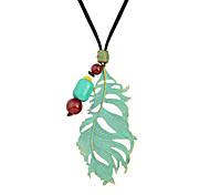 Ожерелье Без камня Ожерелья с подвесками Бижутерия Повседневные Мода Сплав Женский 1шт Подарок Зеленый