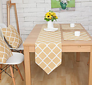 Rectangular Patterned / Floral / Geometric Table Runner , Cotton Blend Material Hotel Dining Table / Table Decoration