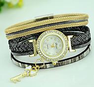 Women's Fashion Magnet Key Bracelet Watch Quartz Leather Band Casual