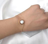 Women's Charm Bracelet Fashion Resin Alloy Round Jewelry 1 piece