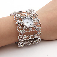 Damskie Modny Sztuczny Diamant Zegarek Japoński Kwarcowy Stop Pasmo Błyszczące Bransoletka-Kółko Srebro Silver