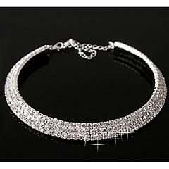 kvinders lagdelt diamant halskæde