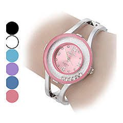 Women's Movable Diamond Dial Steel Band Quartz Analog Bracelet Watch (Assorted Colors)