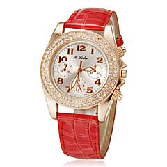 Women's Diamante Round Dial Pu Band Quartz Analog Wrist Watch (Assorted Colors)