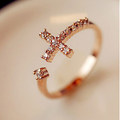 Rhinestone Cross avaaminen Ring