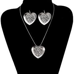 Classic Heart Shape Shinning Jewelry Set(1 Set)