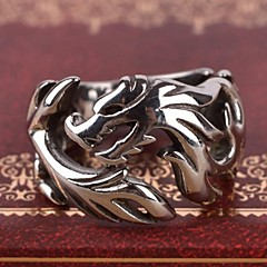 Men's Europe Personality Cut Out Dragon Titanium Steel Ring