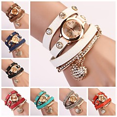 Women's Round Dial Multi-layer Band Heart Pendant Quartz Analog Fashion Bracelet Watch (Assorted Color)