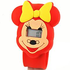 아이들의 귀여운 만화 실리콘 울트라 맨의 미니 패턴 아름다운 디지털 달력 방수 때리고 시계