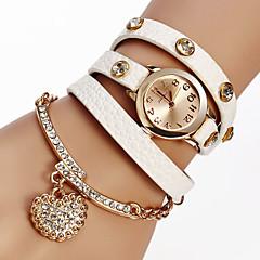 6 Colors Luxury Heart Pendant Bracelet Wristwatches Women Dress Watches Relogio Feminino Montre Femme Cool Watches Unique Watches Fashion Watch