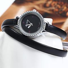 XICOO 489 Long Leather Band Women Diamond Quartz Watch Cool Watches Unique Watches