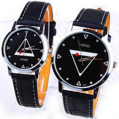 Creative fashion black and white, men and women lovers to watch waterproof students leisure fashion watches