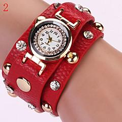 Women's Watch Fashion Retro Diamond Rivet Dial Bracelet Watch Cool Watches Unique Watches