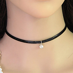 European Style Fashion Simple Leather Shiny Rhinestone Choker Necklace