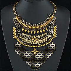 Women European Style Fashion Metal Shining Imitation Gemstone Simple Exaggerated Statement Necklace