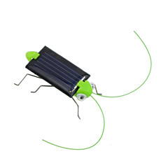 Härlig Mini Solenergi Powered Child Kid Toy Locust Solar gräshoppa insekt Bug