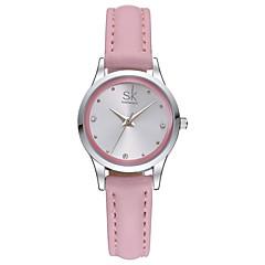 SK Dames Dress horloge Modieus horloge Kwarts Waterbestendig Stootvast Leer Band Bedeltjes Vrijetijdsschoenen Wit Roze Wit Roze