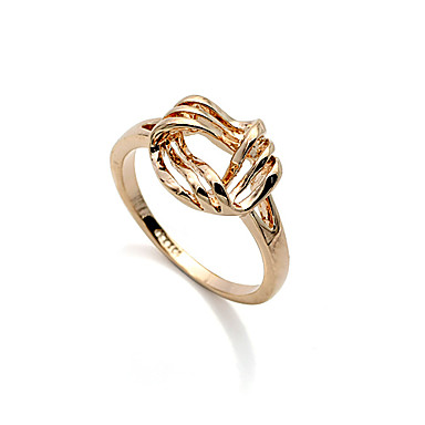 Gilt Curve Line Ring