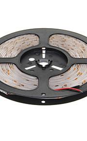 Vanntett 5M 24W 300x3528 SMD Cool White Light LED Strip lampe (DC 12V)