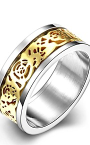 lureme® Vintage Stainless Steel Rose Flower Carved Ring - Golden Tone