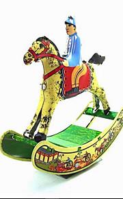Игрушка новизны / Ролевые игры / Логические игрушки / Игрушка с заводом Игрушка новизны / / Лошадь / / Металл Белый Для детей