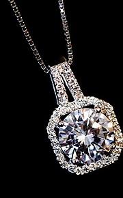 Halskæder Imitation Diamond Halskædevedhæng Smykker Daglig Mode Legering Sølv 1pc Gave