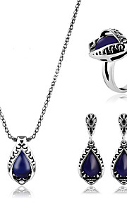 May polly Europe and the United States new classic eight Ring Necklace Earrings Set