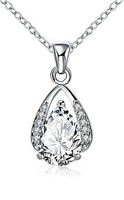 Dame Halskædevedhæng Krystal Kvadratisk Zirconium Oval form Geometrisk form Krystal Zirkonium Kvadratisk Zirconium SølvbelagtEnkelt