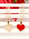 Women\'s Korean Fashion golden peach heart Bonelink sweater chain  (random color)