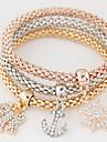 Женский Браслеты с подвесками Стразы Имитация Алмазный Сплав Простой стиль Мода Радужный Бижутерия 1 комплект